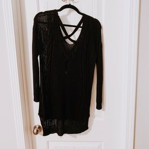 S/M crisscross back sweater black